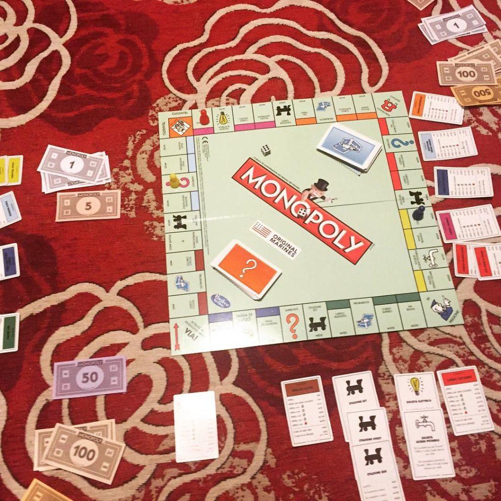 Ho vinto a Monopoli con carte pessime un po strategahellip