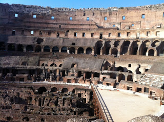 Colosseo-MammaMoglieDonna