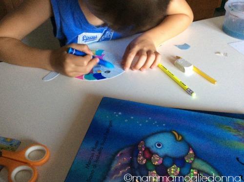 Giocare con il pesciolino Arcobaleno 3