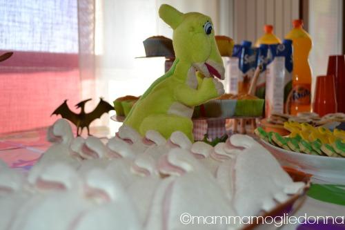festa di compleanno a tema dinosauri