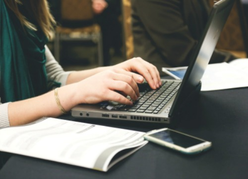 A cosa servono le mamme blogger?