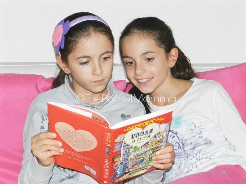 leggere a due gemelli