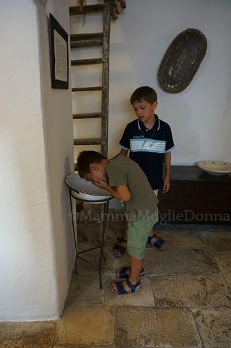 Alberobello con i bambini dormire nei trulli