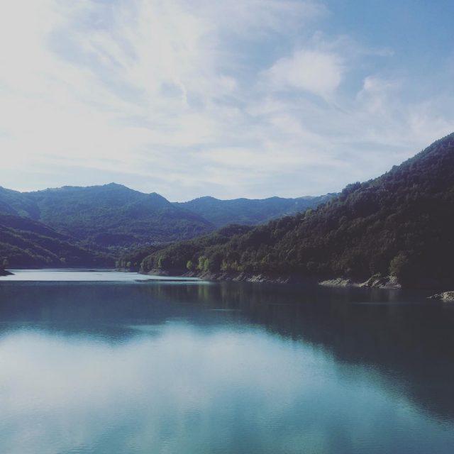 Lago del Brugneto Che ve ne pare? liguria Torriglia dintornidiGenovahellip