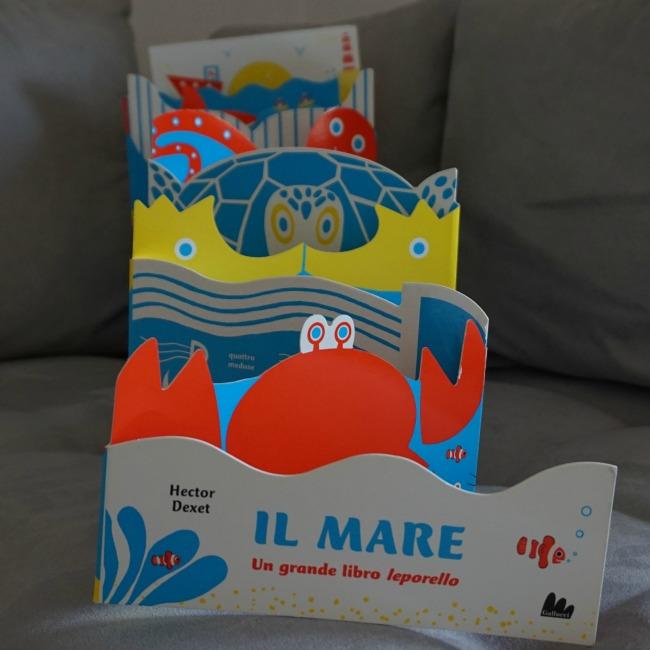 libri per bambini sul mare IL MARE - un grande libro leporello, di Hector Dexet,